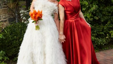 20 Gorgeous Mother of the Bride Dresses for Every Style and Season